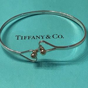 Hook Double Heart Ball Bangle SS & 18k trim